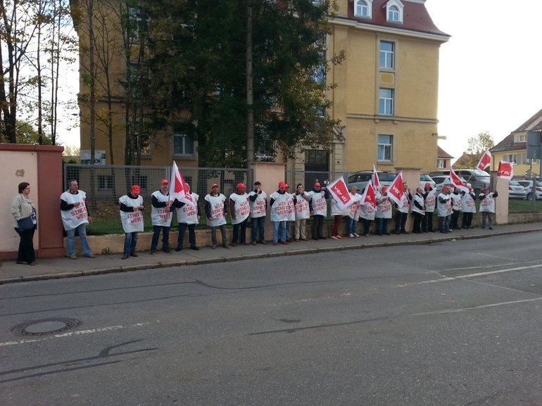 Bild 4: Streik bei den französischen Stationierungsstreikräften